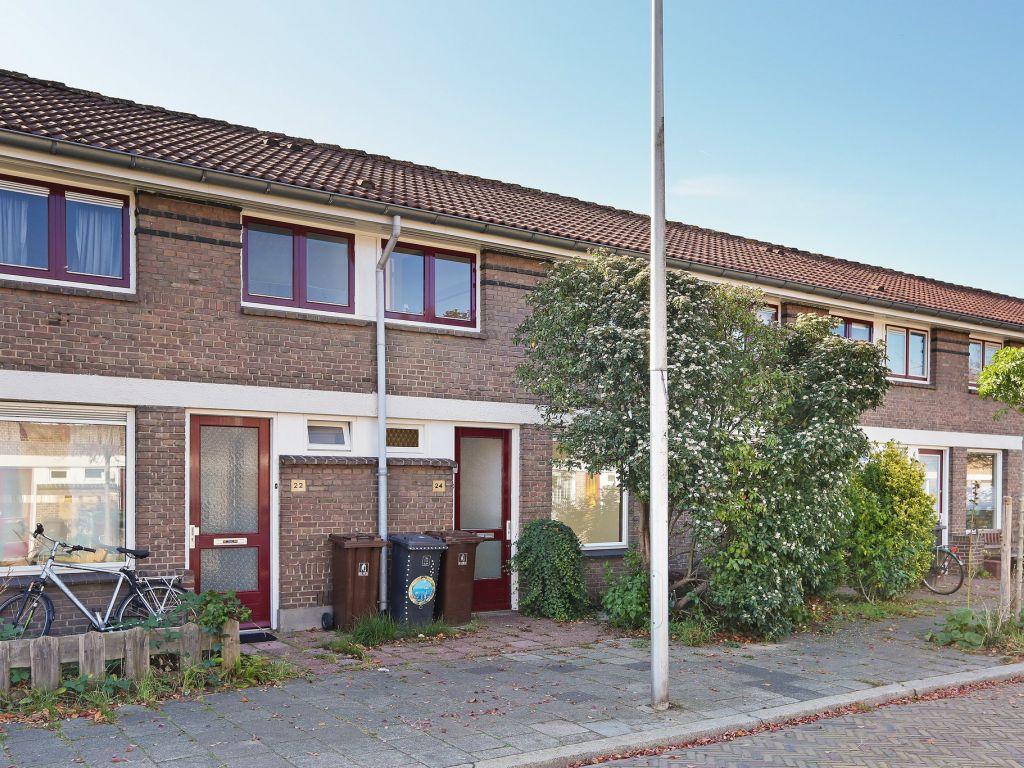 la-croixstraat-24-3555cl